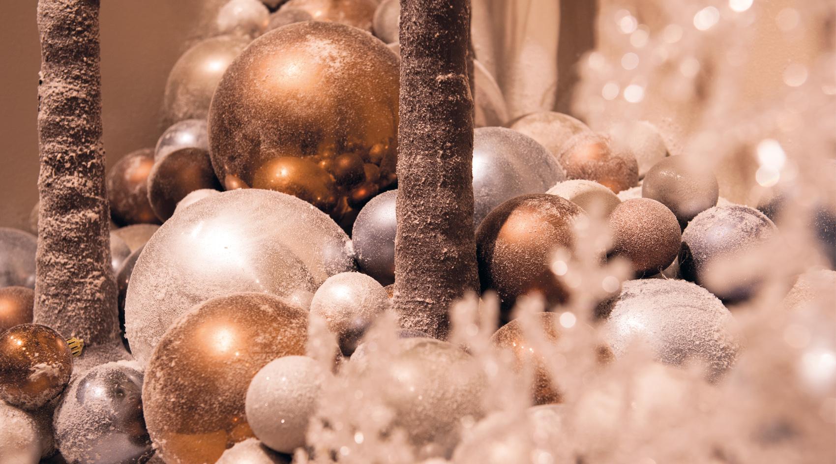 Christmas Shatterproof Baubles